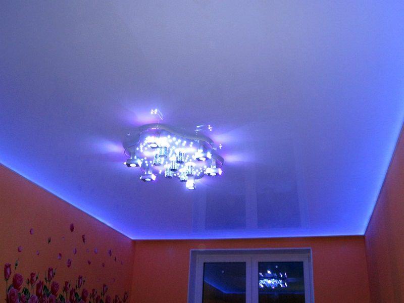 натяжной потолок с подсветкой что-то новенькое Дневник